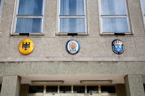 Deutsche Botschaft.